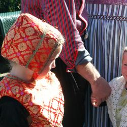 Verlegen in klederdracht