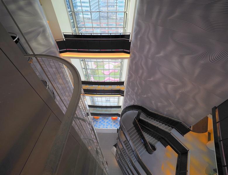 Amsterdam... - Gisteren weer een mooie  passie dag in Architectuur ...In het oude KPN gebouw ..inmiddels een hotel.