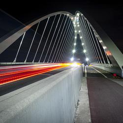 moderne brug aan de azijn
