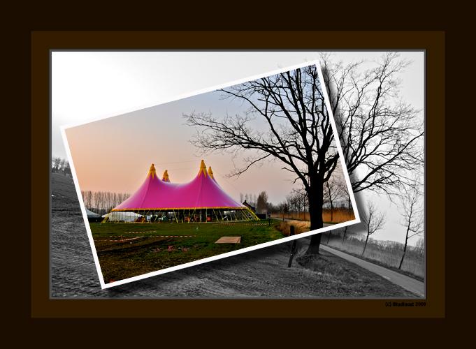 Extrema Paaspop - Hierbij een bewerkte foto van de dance area van Extrema op Paaspop in Schijndel, het festival wat aankomend weekend weer zal losbars