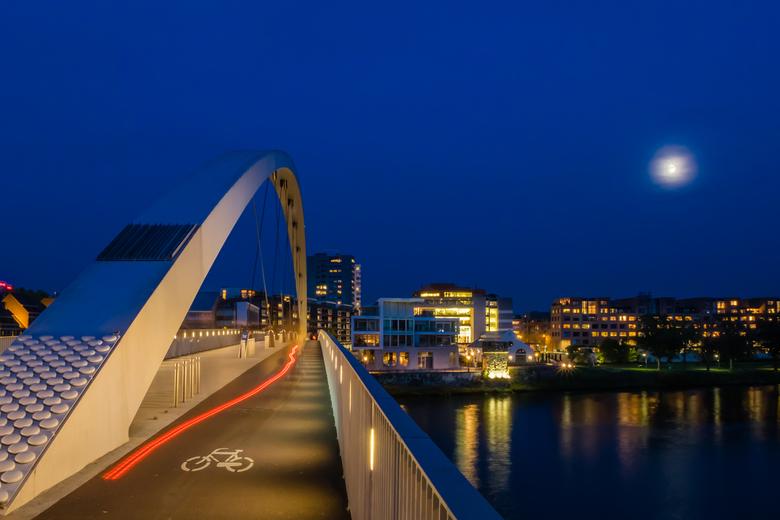 Maastricht fietsbrug