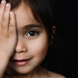 child portrait by Iris Gonzalez