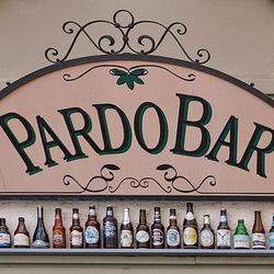 Pardo bar,