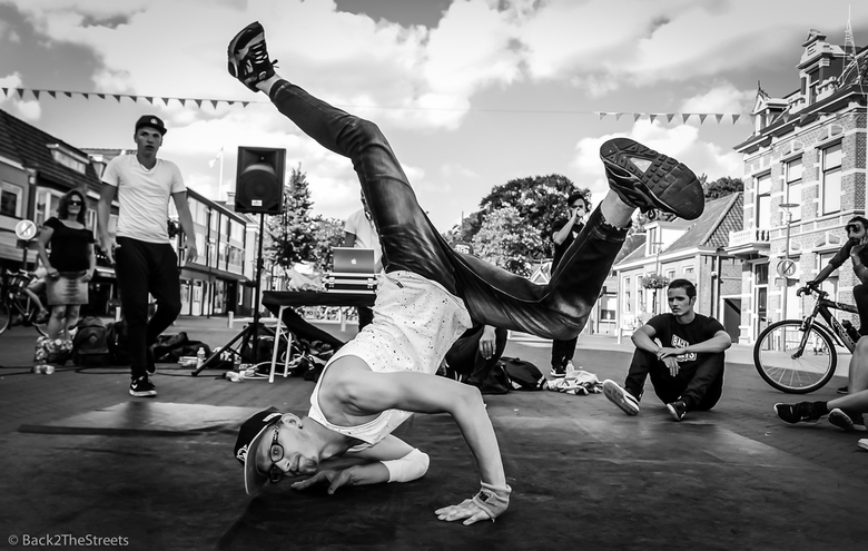 HipHop With BboySigned Back2TheStreets Volume 4.0 - Photo is taken at Back2TheStreets Street/Dance Sessions on 18-08-2016 in Hoogeveen https://www.fac