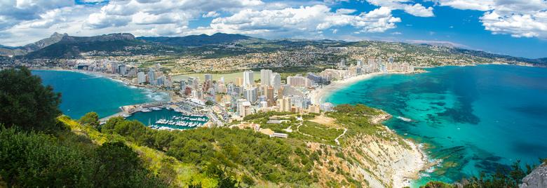 Panorama van Calpe - Panorama foto vanaf de rots bij Caple in Spanje.
