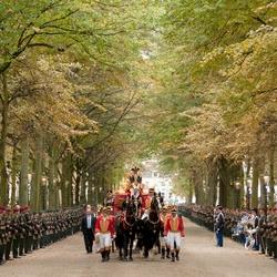 De gouden koets tijdens Prinsjesdag op het Lange Voorhout