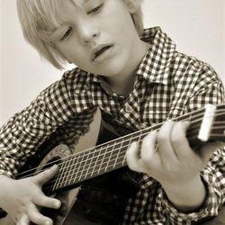Mijn eerste gitaar...