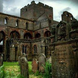 Historische architectuur, Lanercost Priory