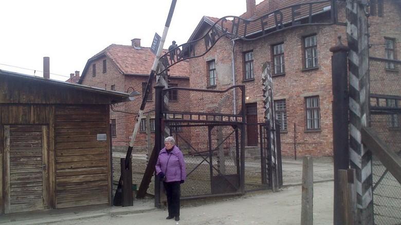 Auschwitz - Zonder woorden, hier zwijgt ieder van emotie.