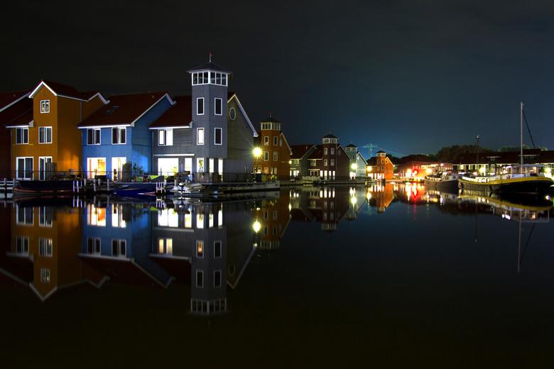 Reitdiephaven Groningen - Nachtopname van Reitdiephaven