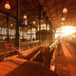 Zonsondergang op Hollands Spoor