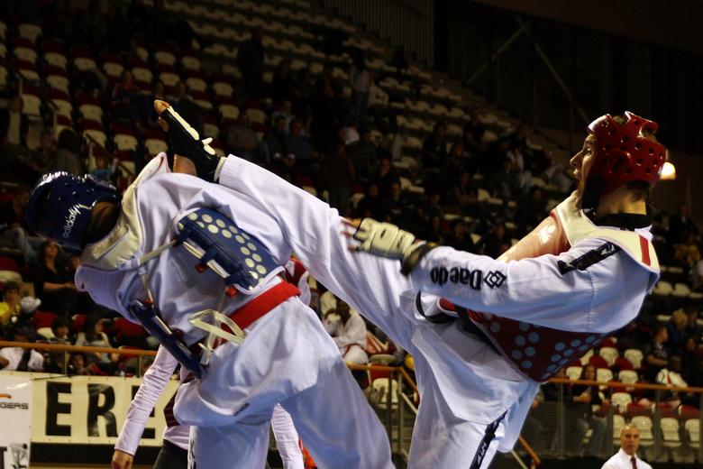 NK taekwondo 2011 - Finale male seniors &gt;87kg. <br /> <br /> Hij is scherper dan hij op klein formaat lijkt (zie groter formaat).