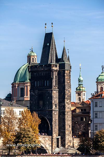 Uitzicht vanaf de karelsbrug in Praag
