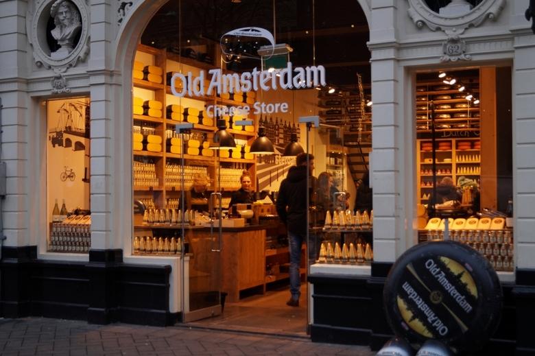Old Amsterdam - daar komt dus die kaas vandaan die ik steeds aan mijn muis geef!