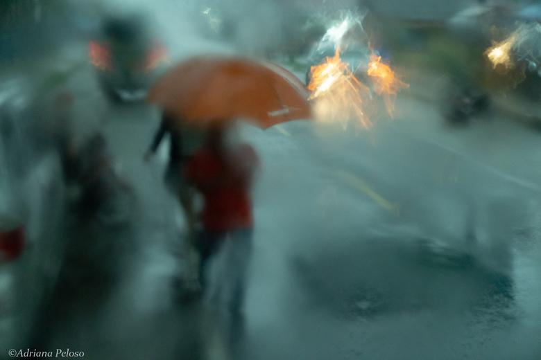 Noodweer in Bonjol - Bar slecht weer op de evenaar. Toch even uitgestapt om foto's te nemen.