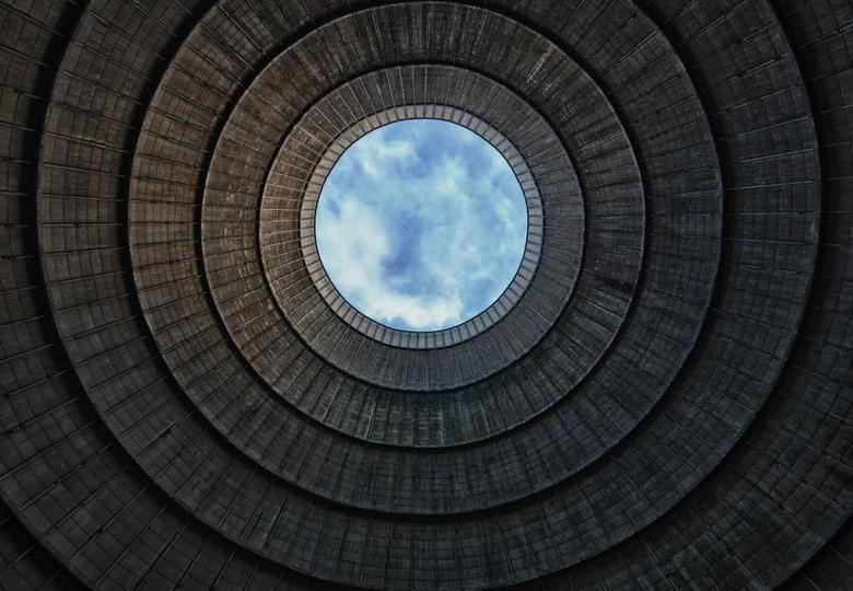 Eye in the sky - Ik hoop dat deze ook in de smaak valt (volgens mij wel recht) Zelfde koeltoren van Powerplant IM