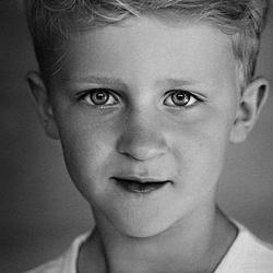 zwart wit portret kind
