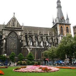 Belgie Luik sait Paul Cathedral