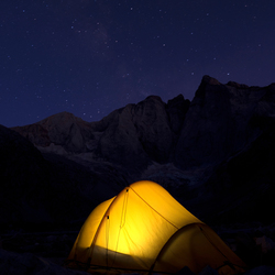 Vignemale bij nacht