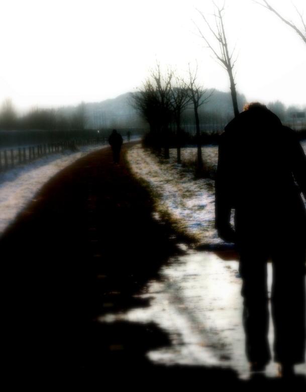 dark road - koud, lange weg