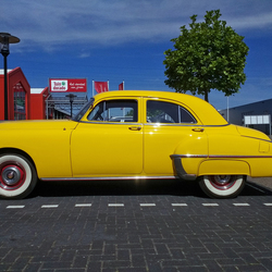 Oldsmobile Futuramic Sedan 1950