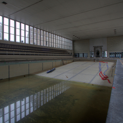 Verlate zwembad 1