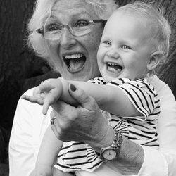Grootmoeder kleindochter