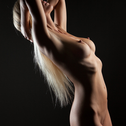 Art nude low-key
