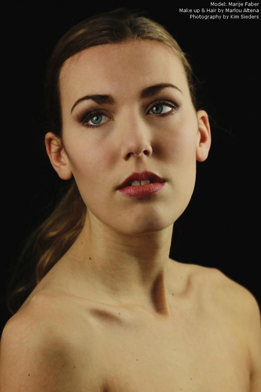 If you could see me now... - Eerste studioshoot met model Marije en mua Marlou!
