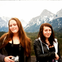 girls and mountains