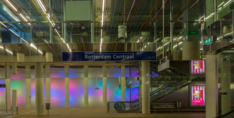 Metrostation Rotterdam CS -