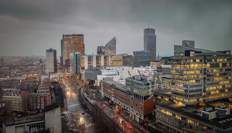 Den Haag Centraal - Uitzicht op de torens van de verschillende ministeries