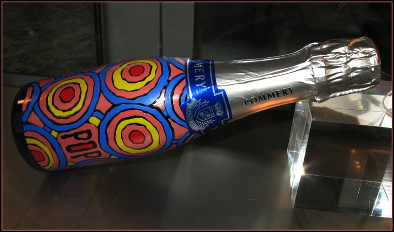 geen statiegeld  - champagne kan kunst zijn