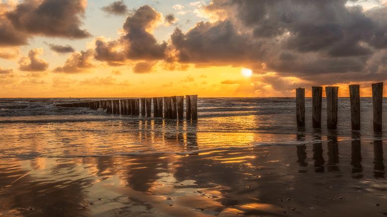 Dutch Sunset - Een mooie avond op Ameland, aan het strand van Hollum