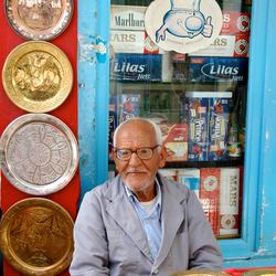 verkoper van borden in Tunesie
