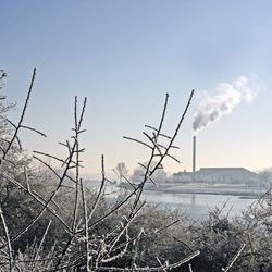 Winter bij de rivier