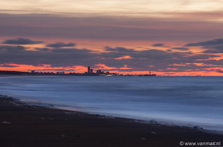 Katwijk einde dag 4 - De laatste 2 uur van de dag in 9 foto's bij Katwijk aan Zee.