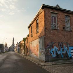 Doel (Belgie) - Straat met kerk