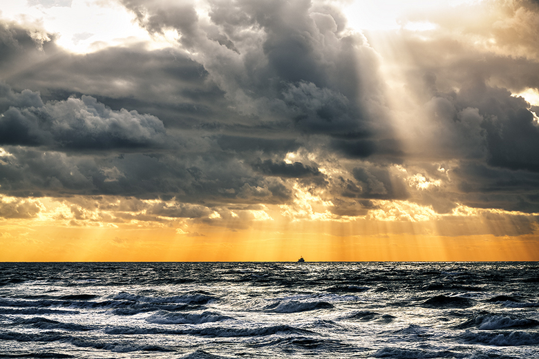 Sunshower - HDR Fotografie van Cho Tang<br /> http://www.chopen.nl/