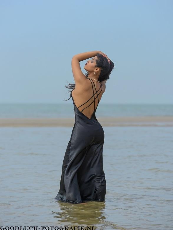 "Thinking about you - Model Vena<br /> <br /> <br /> <a href=""http://www.goodluck-fotografie.nl/"">goodluck-fotografie.nl</a>"