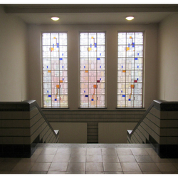 mozaiek ramen in Theo van Doesburg centrum-1