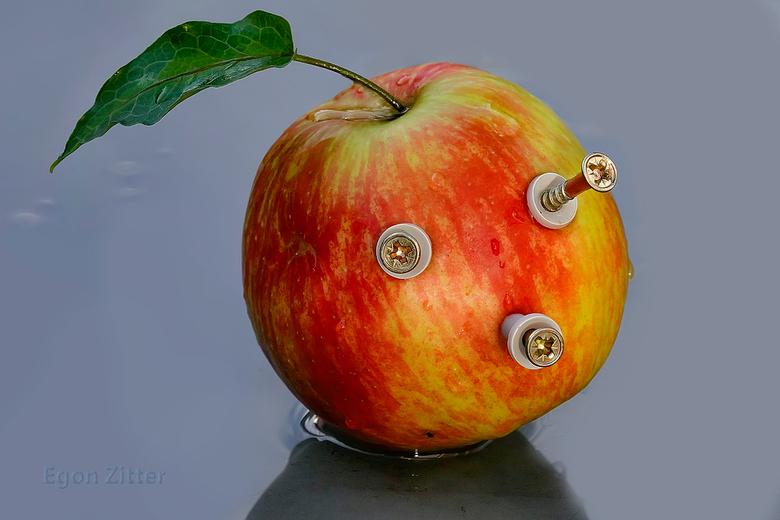 Apple plug ins - Apple plug ins. Net zo melig als die appel zelf toen ik dit maakte