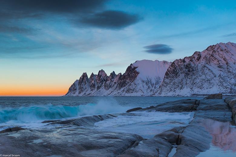 Senja - Zonsondergang bij Senjahopen in Noorwegen