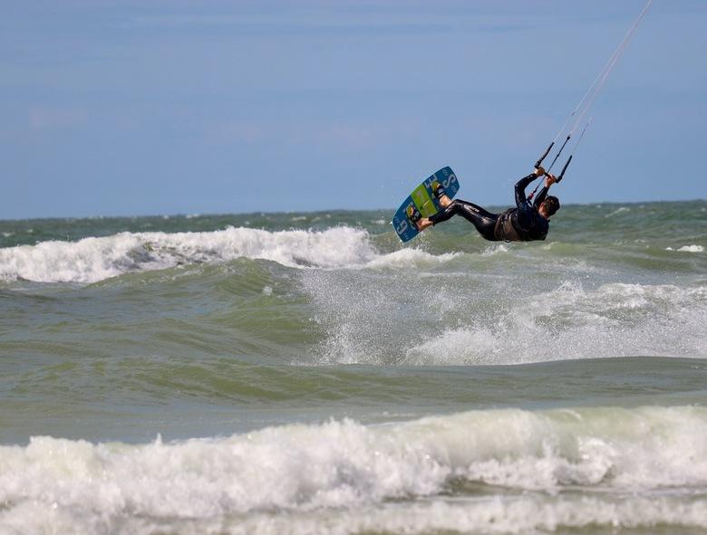 Kitesurfer -