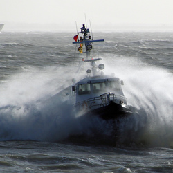 Vlaamse redeboot 4 op weg naar de Koopmanshaven in Vlissingen