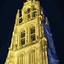 De grote kerk van Breda bij avond.