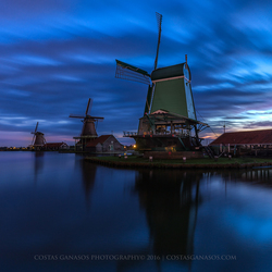 Blue hour by the Zaanse Schans