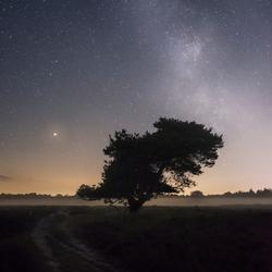 Melkweg boven de Gasterse Duinen