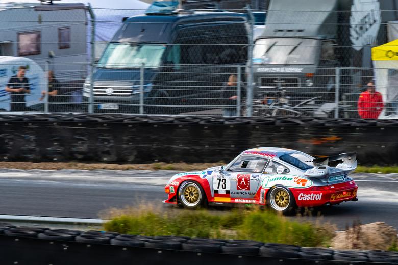 Roitmayer Motorsport no. 73 Porsche GT 2 - De Roitmayer Motorsport #73 Porsche GT 2 tijdens de Masters Legendary Legends race bij de Historic Grand Pr