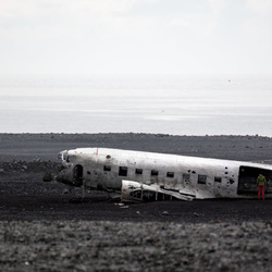 Fly by crash plane